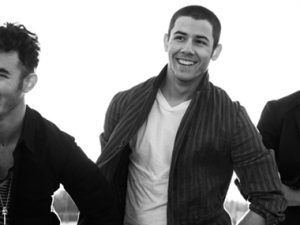 """The Jonas Brothers Cancel Tour Due To """"Creative Differences"""""""