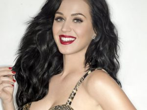 """Katy Perry's """"Dark Horse"""" Remains at #1 on Billboard Hot 100"""